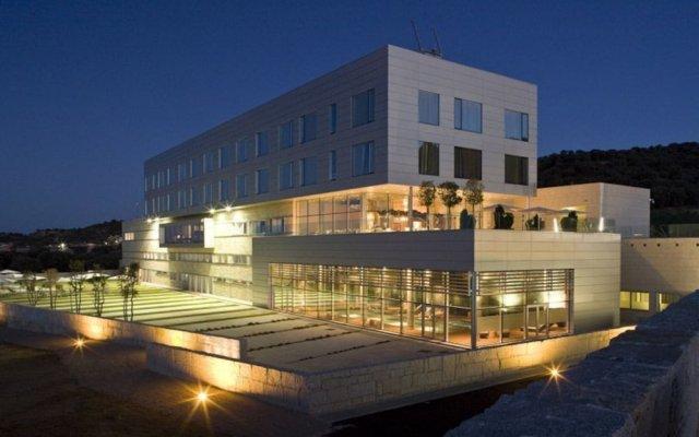 Valbusenda Hotel Bodega Spa вид на фасад