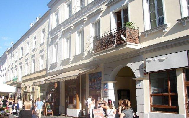 Отель Chmielna Guest House Варшава вид на фасад