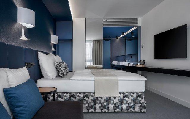 Отель Urban Creme комната для гостей
