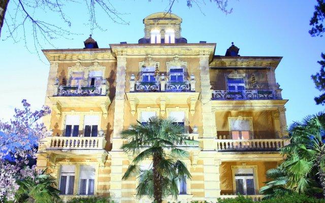 Hotel Westend Меран вид на фасад