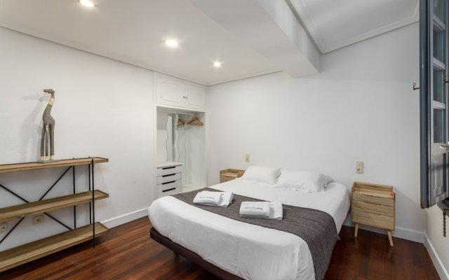Апартаменты Sansebastianforyou Consti Apartment Сан-Себастьян комната для гостей