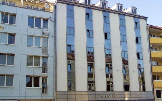 Отель Rivoli Германия, Мюнхен - 7 отзывов об отеле, цены и фото номеров - забронировать отель Rivoli онлайн вид на фасад