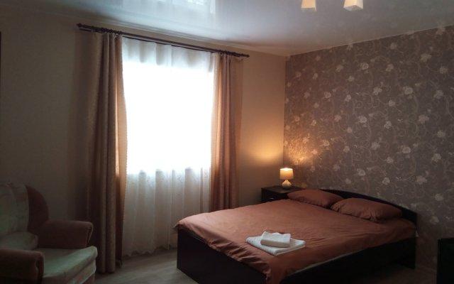 Гостиница At Home комната для гостей