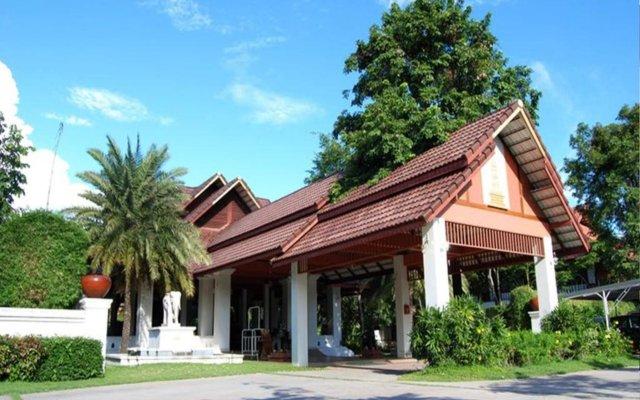 Rachawadee Resort and Hotel вид на фасад
