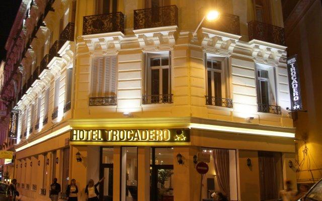 Отель Trocadéro Ницца вид на фасад