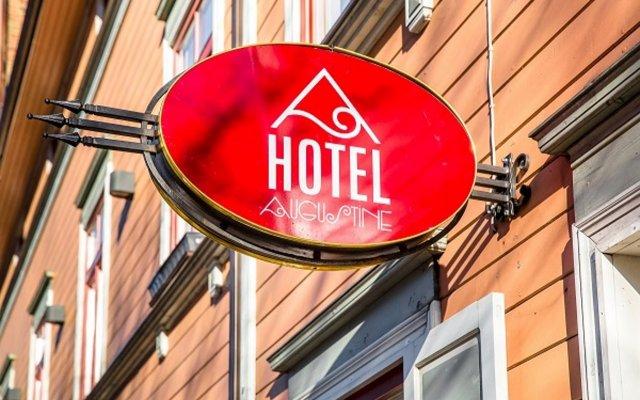 Отель Augustine вид на фасад