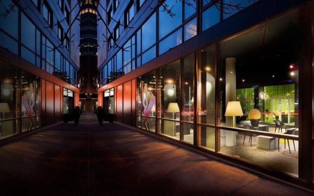Отель Zero 1 Montreal Канада, Монреаль - отзывы, цены и фото номеров - забронировать отель Zero 1 Montreal онлайн вид на фасад