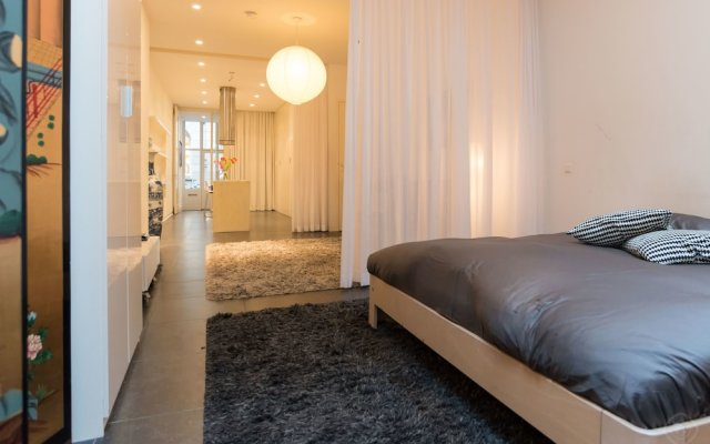Апартаменты Old Centre Apartments - Nieuwmarkt Area комната для гостей