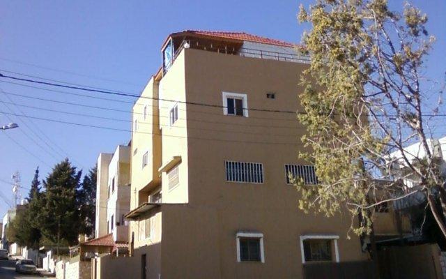 Отель Madaba Private Home Experience – Fadi's Home Stay Иордания, Мадаба - отзывы, цены и фото номеров - забронировать отель Madaba Private Home Experience – Fadi's Home Stay онлайн вид на фасад