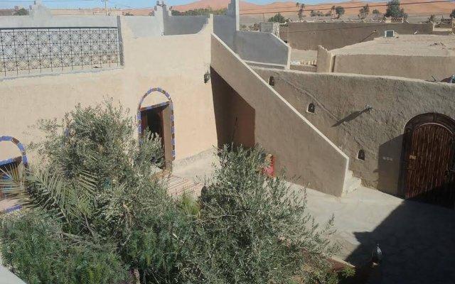 Отель Casa Hassan Марокко, Мерзуга - отзывы, цены и фото номеров - забронировать отель Casa Hassan онлайн вид на фасад