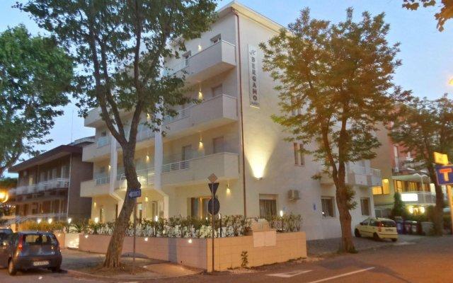 Hotel Bergamo вид на фасад