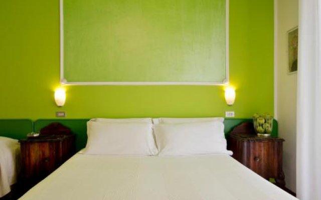Hotel Trafalgar Римини комната для гостей