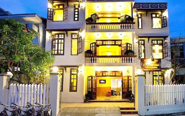 Отель The Corner Homestay вид на фасад
