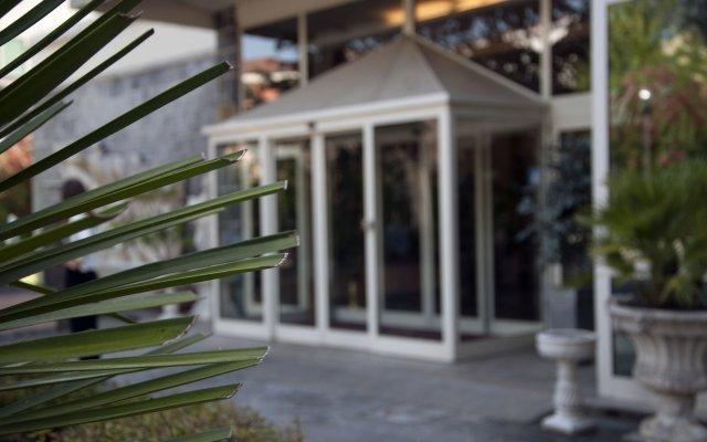 Отель Terme Helvetia Италия, Абано-Терме - 3 отзыва об отеле, цены и фото номеров - забронировать отель Terme Helvetia онлайн вид на фасад