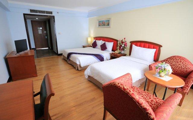 Karnmanee Palace Hotel комната для гостей