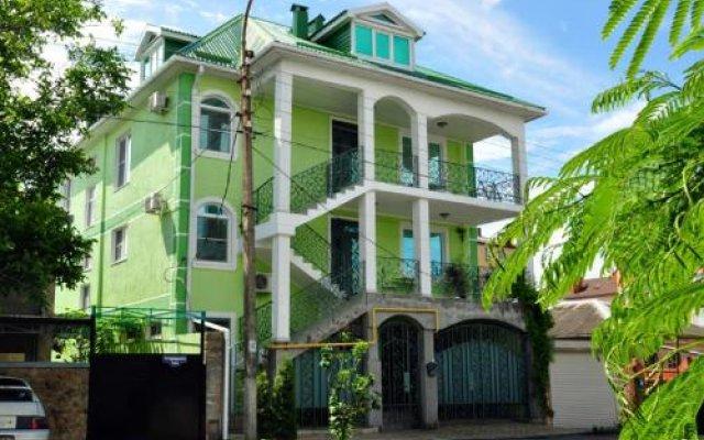 Гостиница Shartrez Guest House в Анапе отзывы, цены и фото номеров - забронировать гостиницу Shartrez Guest House онлайн Анапа вид на фасад