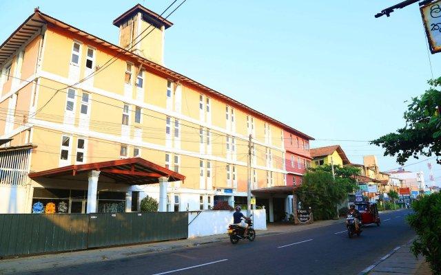 Отель Topaz Beach Шри-Ланка, Негомбо - отзывы, цены и фото номеров - забронировать отель Topaz Beach онлайн вид на фасад