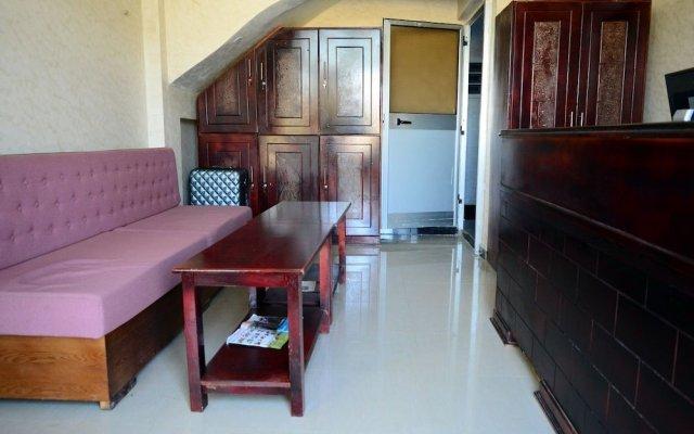 Romanat Hotel