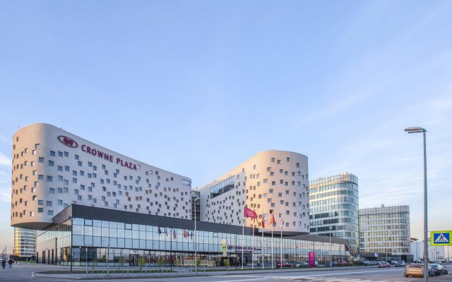 Гостиница Crowne Plaza Санкт-Петербург Аэропорт вид на фасад
