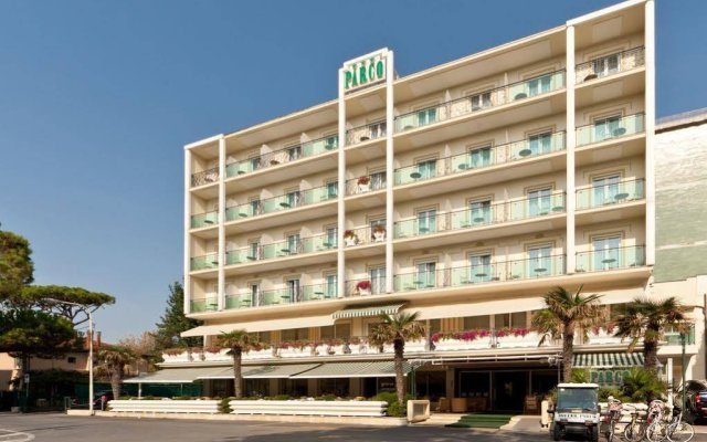 Отель Parco Италия, Риччоне - отзывы, цены и фото номеров - забронировать отель Parco онлайн вид на фасад
