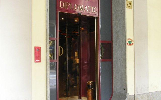 Hotel Diplomatic вид на фасад