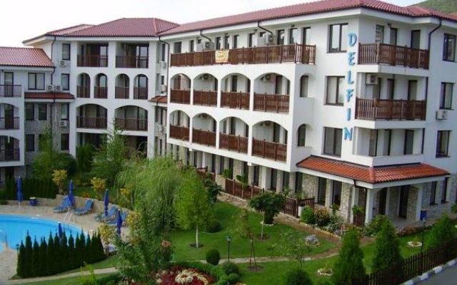 Отель DELFIN Apart Complex Болгария, Свети Влас - отзывы, цены и фото номеров - забронировать отель DELFIN Apart Complex онлайн вид на фасад