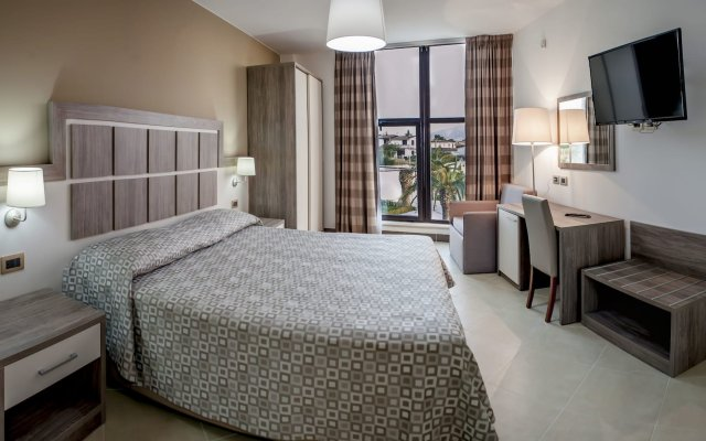 San Domenico Family Hotel Скалея комната для гостей