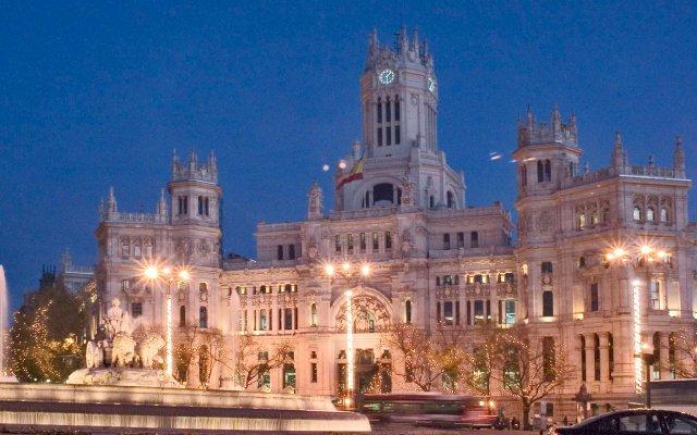 Отель ibis budget Madrid Centro Lavapies вид на фасад