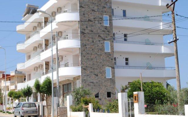 Отель Visi Apartments Албания, Ксамил - отзывы, цены и фото номеров - забронировать отель Visi Apartments онлайн вид на фасад