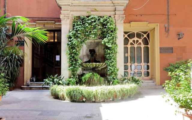 Отель Relais Servio Tullio вид на фасад
