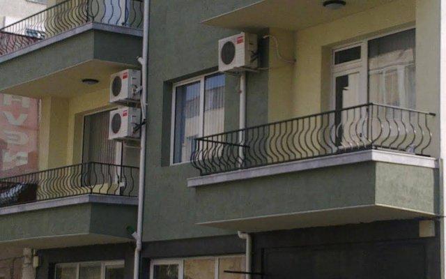 Family Hotel Heaven вид на фасад