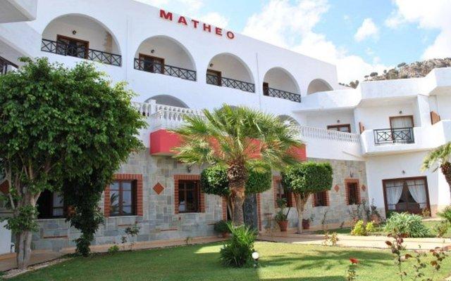 Отель Matheo Villas & Suites Греция, Малия - отзывы, цены и фото номеров - забронировать отель Matheo Villas & Suites онлайн вид на фасад