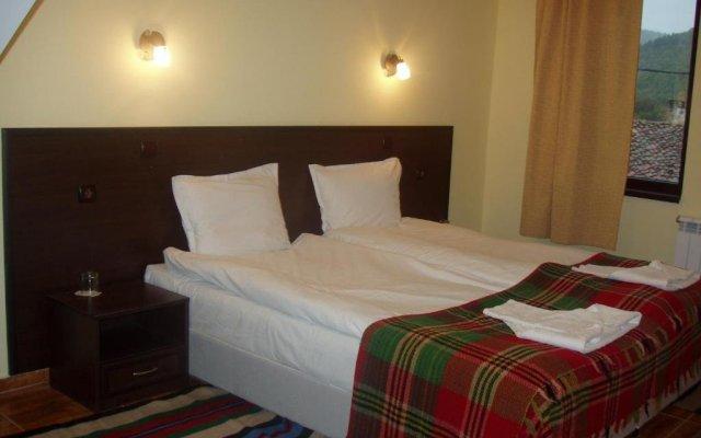 Отель Family Hotel Medven - 1 Болгария, Сливен - отзывы, цены и фото номеров - забронировать отель Family Hotel Medven - 1 онлайн комната для гостей