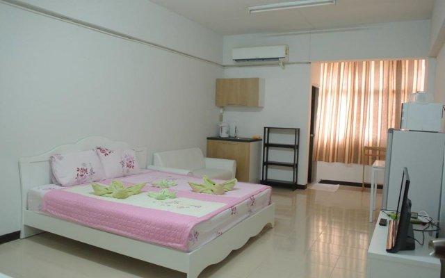 Апартаменты Comfy Studio комната для гостей