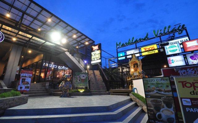 Отель The Bedrooms Hostel Pattaya Таиланд, Паттайя - отзывы, цены и фото номеров - забронировать отель The Bedrooms Hostel Pattaya онлайн вид на фасад