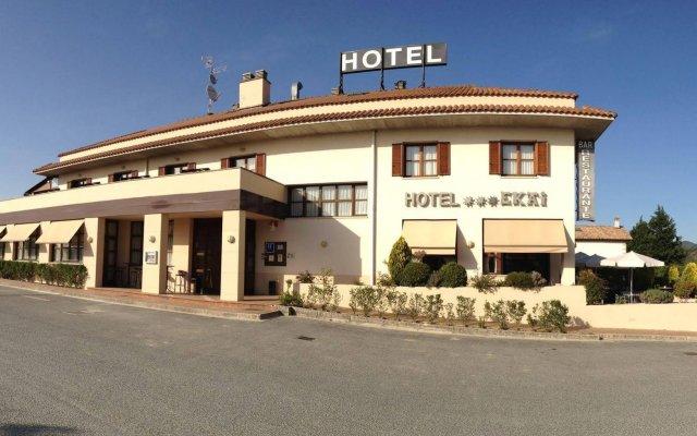 Hotel Ekai вид на фасад