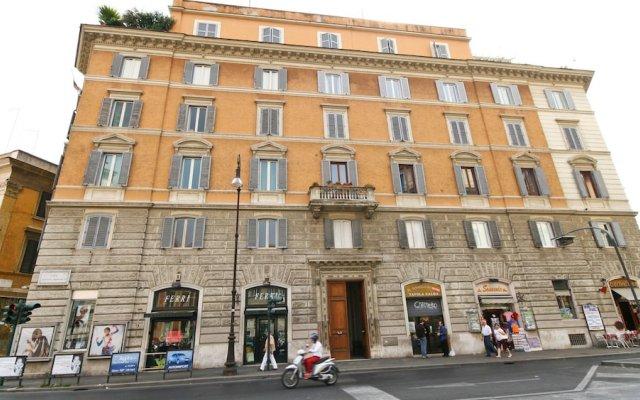 Отель Corso Vittorio вид на фасад