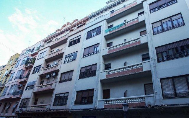 Отель SingularStays Carmen 1 Испания, Валенсия - отзывы, цены и фото номеров - забронировать отель SingularStays Carmen 1 онлайн вид на фасад