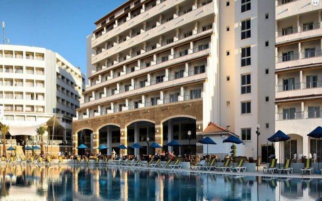 Отель Batihan Beach Resort & Spa - All Inclusive вид на фасад