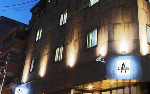Отель Albergue Guesthouse Korea вид на фасад