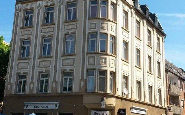 Апартаменты Köln Messe Apartment Herler Кёльн вид на фасад