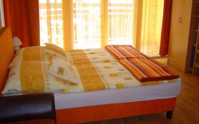 Отель Orel Residence Венгрия, Хевиз - отзывы, цены и фото номеров - забронировать отель Orel Residence онлайн комната для гостей
