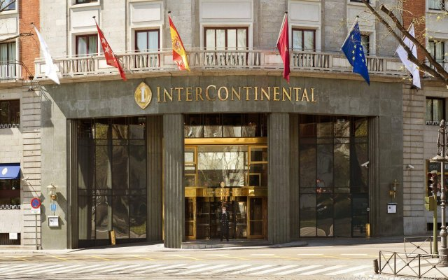 Отель InterContinental Madrid вид на фасад