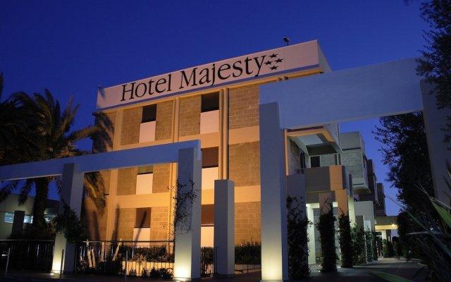 Hotel Majesty Бари вид на фасад