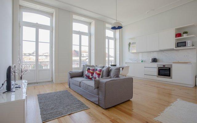 Апартаменты Liiiving - Downtown Spacious Studio Порту комната для гостей