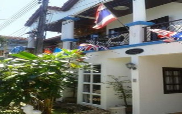 Отель Summer Breeze Inn Hotel Таиланд, Пхукет - отзывы, цены и фото номеров - забронировать отель Summer Breeze Inn Hotel онлайн вид на фасад