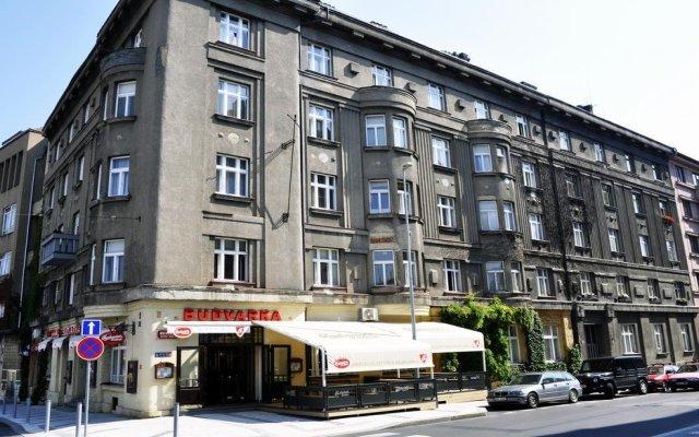 Апартаменты Grus Apartments Prague Прага вид на фасад