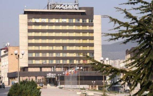 Отель Madara Hotel Болгария, Шумен - отзывы, цены и фото номеров - забронировать отель Madara Hotel онлайн вид на фасад