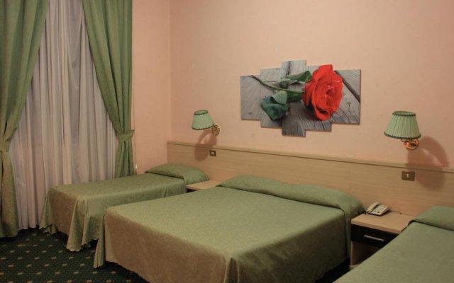 Hotel Priscilla комната для гостей