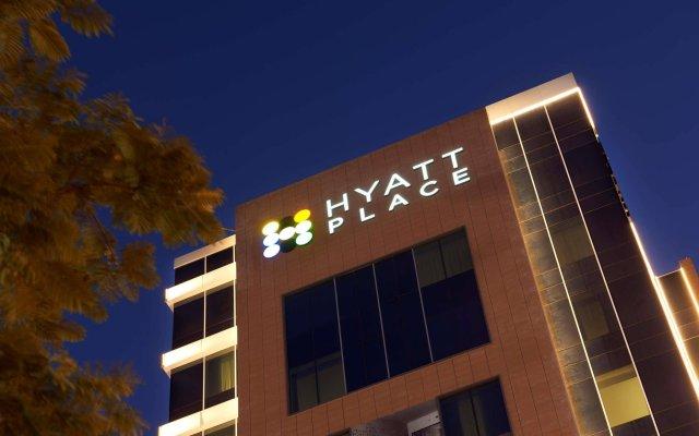 Отель Hyatt Place Dubai Al Rigga ОАЭ, Дубай - 2 отзыва об отеле, цены и фото номеров - забронировать отель Hyatt Place Dubai Al Rigga онлайн вид на фасад